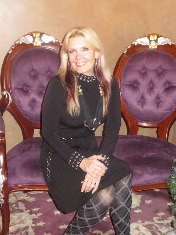 Brenda - Owner Amazing Alterations